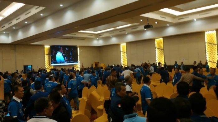 Hari Kedua Kongres PAN di Kendari Kembali Diwarnai Rusuh, Kursi melayang Dilempar Peserta