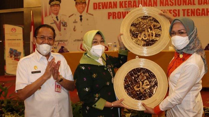 Dekranasda Palu Ikuti Kampanyekan Produk Lokal Sulteng