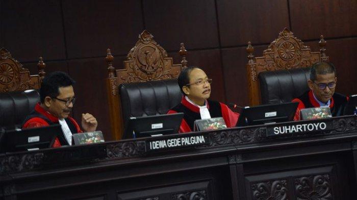 Berkas Tim 02 Tak Sesuai, Hakim Tak Bisa Verifikasi Alat Bukti Prabowo-Sandi