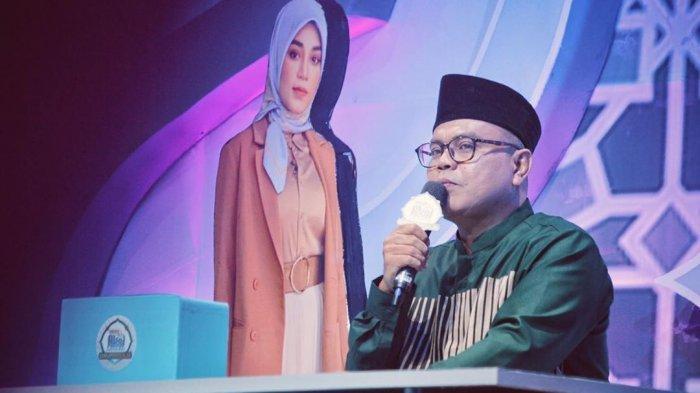 Komedian Abdel Achrian Ungkap Sosok Mamah Dedeh, Kesan Pertama: 'Emak-emak Galak Tapi Kocak Banget'