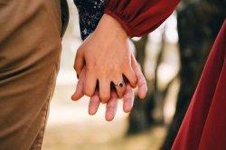 ILUSTRASI komitmen dalam hubungan cinta.