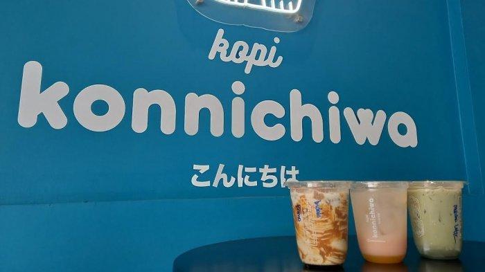 Kopi Konnichiwa, cafe bernuansa Jepang beradadi Jl Jenderal Basuki Rahmat No.79, Kelurahan Tatura Selatan, Kecamatan Palu Selatan, Kota Palu, Sulawesi Tengah.