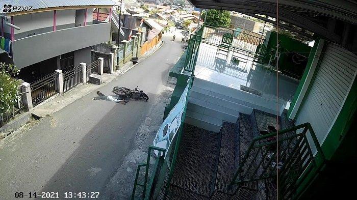 Aksi Jambret Ponsel di Banggai Terekam CCTV, Polisi Buru Pelaku