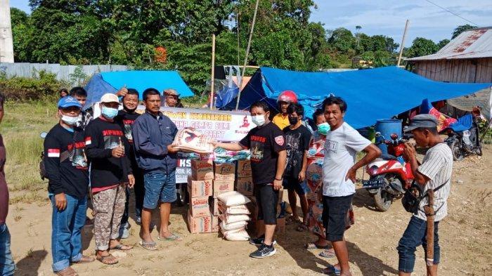 Touring Sambil Berbagi, KPMKSG Sulteng Salurkan Bantuan untuk Korban Gempa di Mamuju
