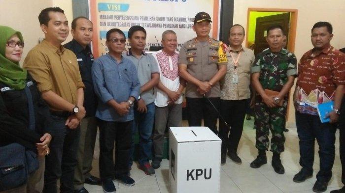 KPU Kota Palopo, Sulawesi Selatan Kekurangan Kotak dan Bilik Suara Pemilu 2019
