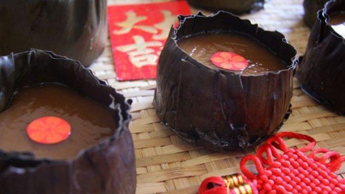 Kue keranjang atau nian gao, salah satu makanan yang wajib hadir saat perayaan Tahun Baru Imlek.
