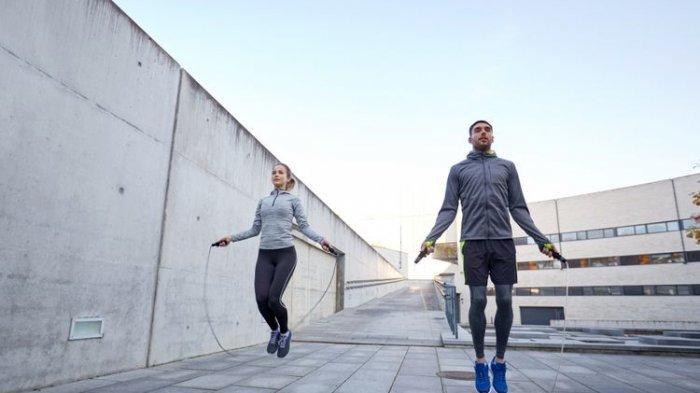 Sempatkan Olahraga di Akhir Pekan, Simak Rekomendasi Alat yang Bisa Dilakukan di Rumah