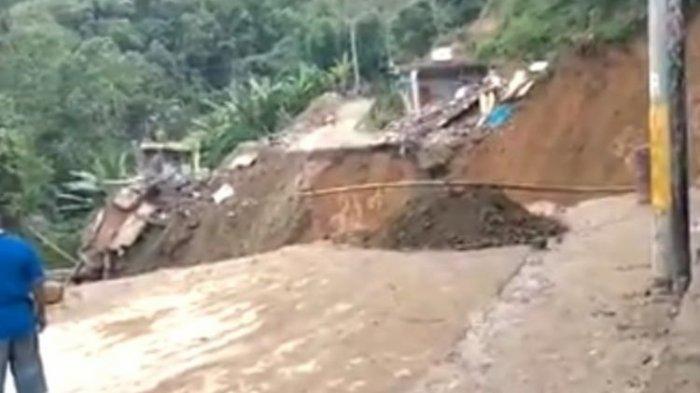 Viral Video Detik-detik 2 Rumah Warga Diterjang Longsor, Jalur Trans Sulawesi Palopo-Toraja Terputus