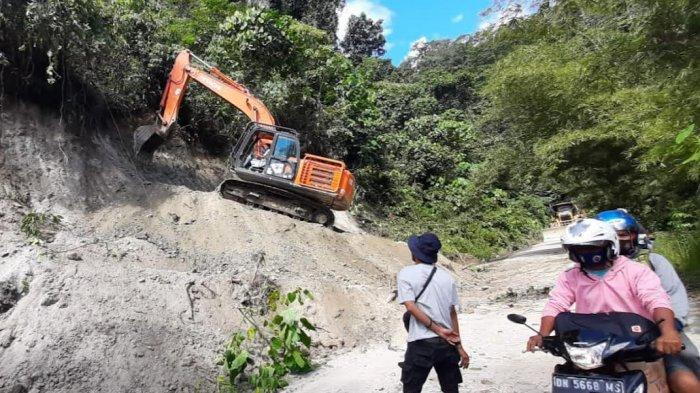 Polsek Kulawi Terapkan Sistem Buka Tutup di Jalur Salua-Sadaunta Sigi