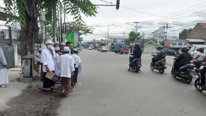 Bantu Pengungsi Gempa di Sulbar, Majelis Zikir Habib Ahmad Galang Dana di Palu Sulteng