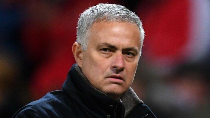 Jose Mourinho Mendadak Dipecat Tottenham, Imbas Tolak Super League?