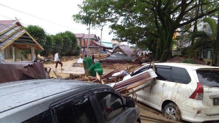 Banjir Bandang di Kabupaten Luwu Utara, Joko Widodo Sampaikan Duka Cita untuk Para Korban