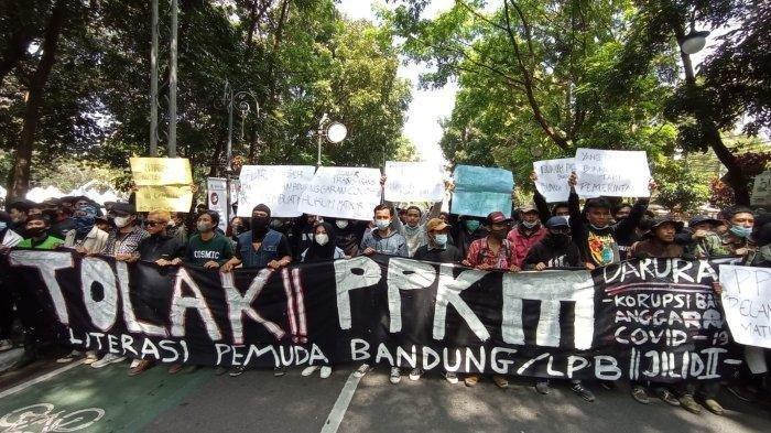 Viral Aksi Unjuk Rasa Tolak PPKM di Bandung, Kemenko Maritim dan Investasi Sayangkan Aksi Massa