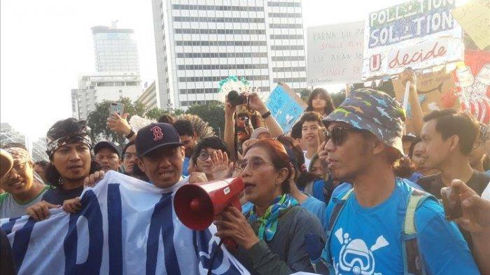 Susi Pudjiastuti Ikut Kampanyekan Gerakan Anti Plastik di CFD Jakarta