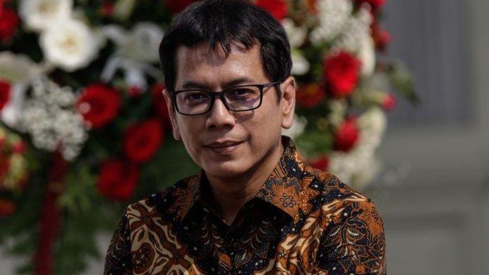 Wishnutama Sebut Target Kunjungan Wisatawan Tak Tercapai Karena Tiket Pesawat di Indonesia Mahal
