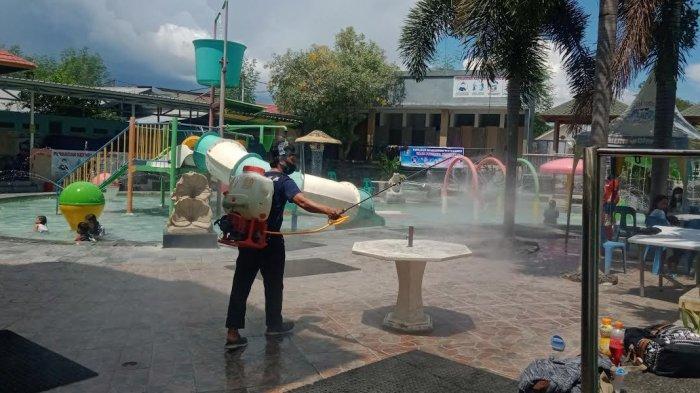 Millenium Waterpark Palu Batasi Pengunjung Masuk, Antrean Pengunjung Meluber ke Jalan