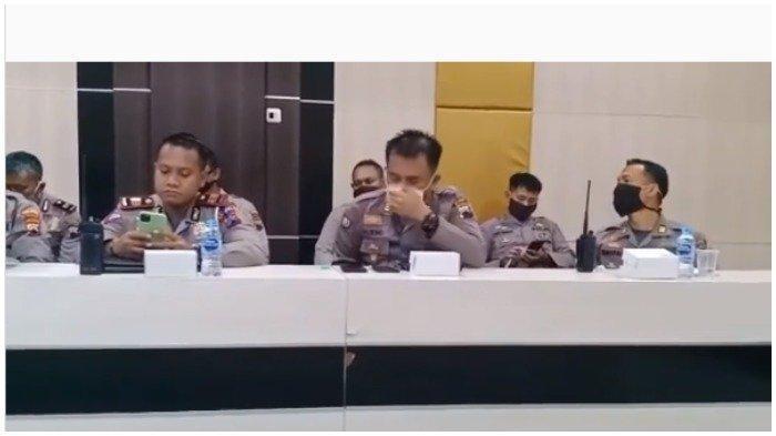 Viral Polisi Minum saat Masih Pakai Masker di Wajah, Brigjen Pol Krishna Murti: Terlalu Haus Dia