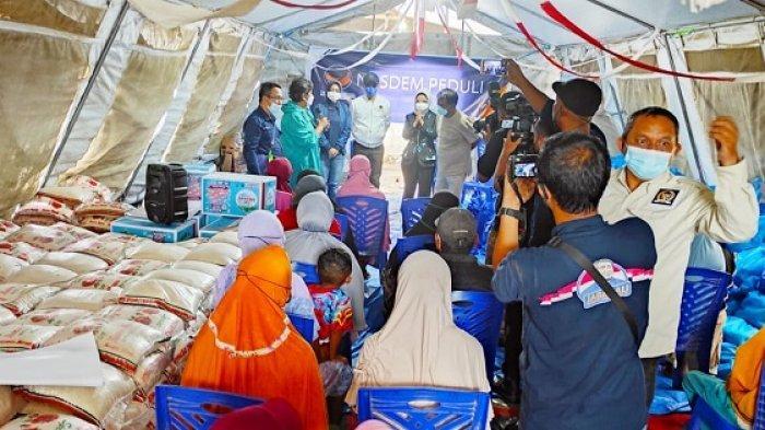 Kunjungan ke Palu, Wakil Ketua MPR Serahkan Bantuan untuk Korban Bencana Likuefaksi di Petobo