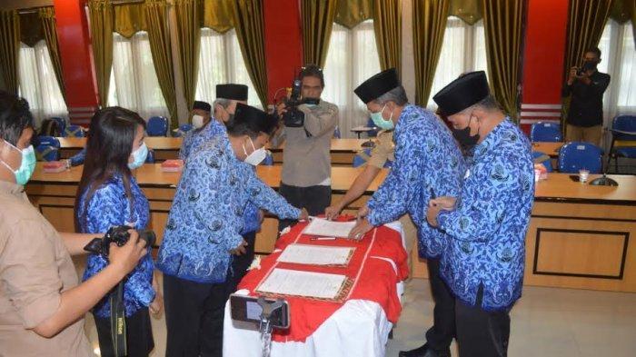 Hadianto Rasyid Lantik 17 Kepala Dinas Lingkup Pemkot Palu