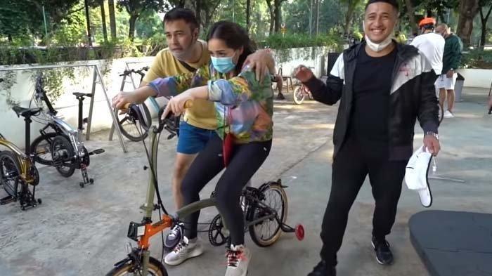Syok Dengar Ucapan Nagita Pilih Kendarai Mobil Dibanding Sepeda, Irfan Hakim: Baru Nemu Kayak Gini