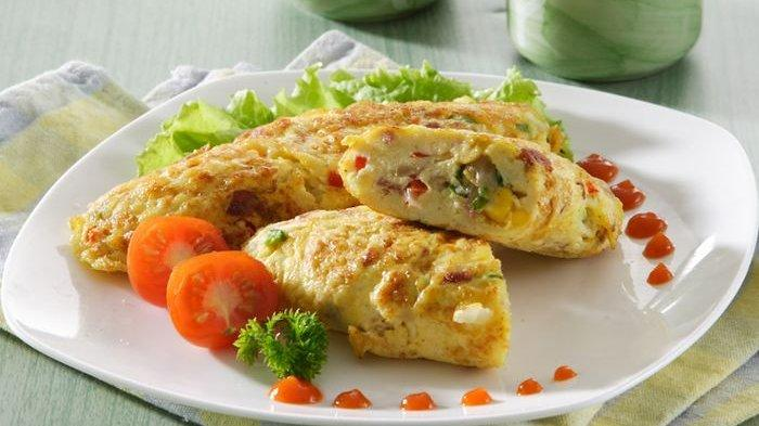 Aneka Resep Lauk Cocok Jadi Ide Sarapan Bahan Dasar Telur: Nasi Goreng Bungkus Telur, Omelet Sayur