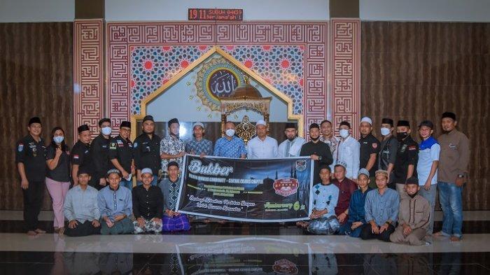 HUT ke-6, Pajero Owner Community Bukber dan Bagi Alquran di Palu