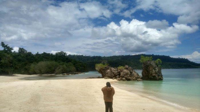 Pesona Pantai Bambahano Donggala, Hipnotis Pengunjung Berlama-lama