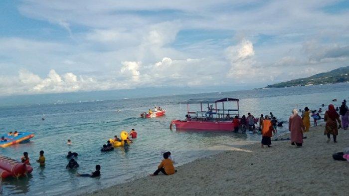 Hari Ketiga Lebaran, Warga Padati Pantai Tanjung Karang di Donggala