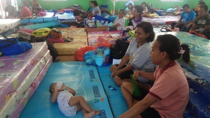 Dua Pekan Mengungsi, Warga Terdampak Gunung Karangetang Mulai Rindu Rumah