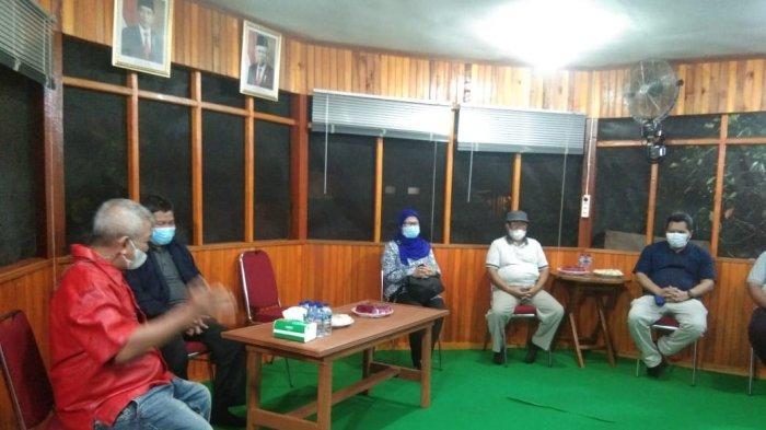 KKP RI Silaturahmi dan Ngobrol Santai Bersama Bupati Parimo