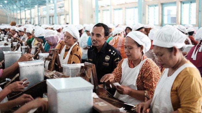 KSPI Tolak Wacana Upah per Jam dari Jokowi, Dinilai Bisa Miskinkan Buruh