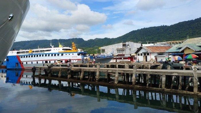 BERITA FOTO: Intip Suasana Pelabuhan Banggai Sulawesi Tengah