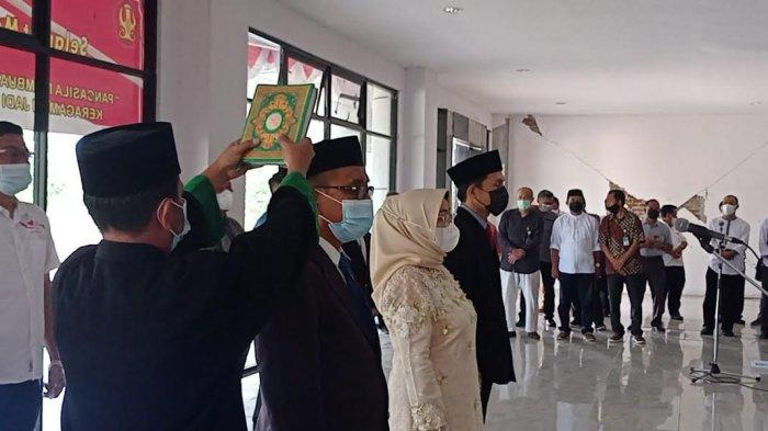 Rektor Untad Lantik 3 Wakil Dekan Fakultas Hukum