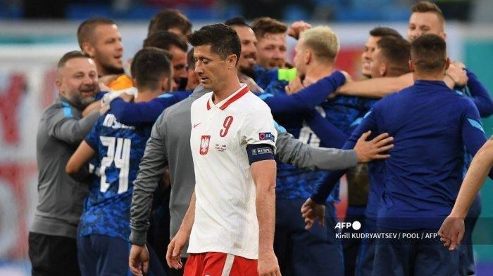 Hasil Euro 2020 - Lewandowski Tak Berkutik, Polandia Takluk 1-2 Lawan Slovakia