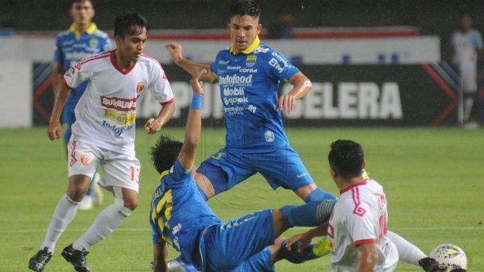 Hasil Liga 1 - Persib Bandung Bungkam Perseru Badak Lampung 4-0, N'Douassel Cetak Brace
