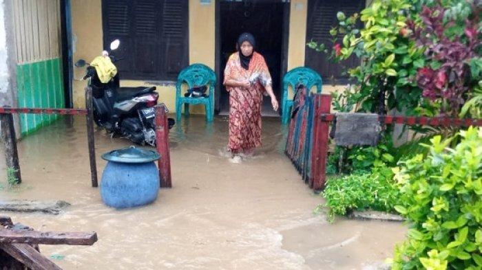 FOTO: Begini Kondisi Pemukiman Warga Balantak Selatan yang Terendam Pasca Diguyur Hujan Lebat - pemukiman-warga-di-kecamatan-balantak-selatan-kabupaten-banggai-terendam-banjir-1.jpg