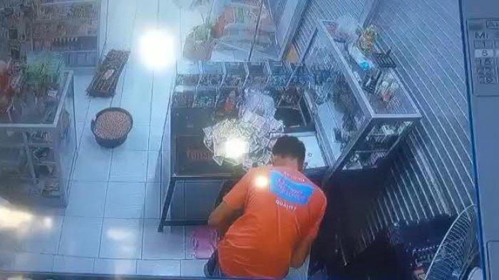 Pencuri Terekam CCTV Bobol Toko di Banggai, Orangtua Pelaku Kembalikan Rp 12 Juta