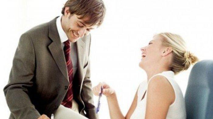 pendekatan cinta atau asmara dnenga teman sekantor