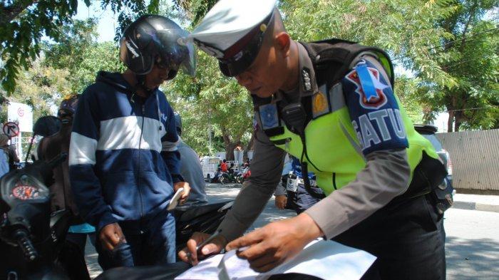 Hari Kedua Operasi Zebra Tinombala di Palu, Polisi Tindak 161 Pengendara yang Melanggar Aturan