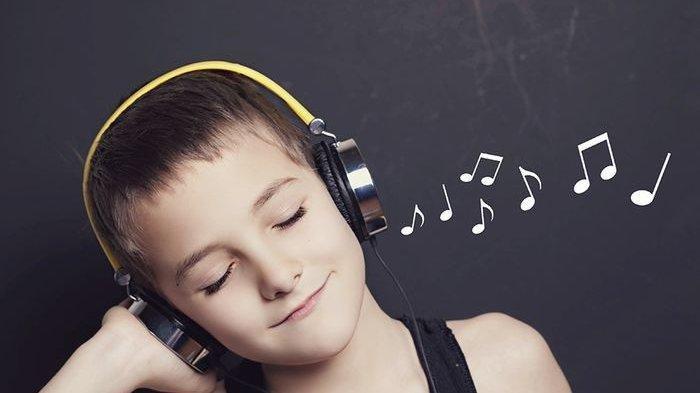 Jangan Keseringan Menggunakan Earphone dan Headphone, Ini Efek Kesehatan yang Mungkin Terjadi
