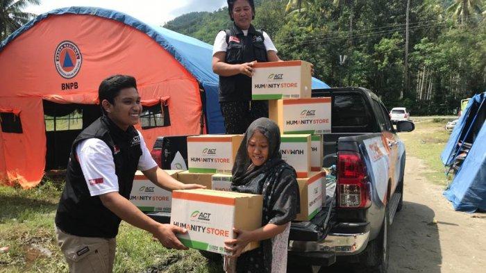 Korban Banjir Lumpur Desa Poi Dapat Bantuan Makanan, Pakaian, dan Air Bersih dari ACT Sulteng