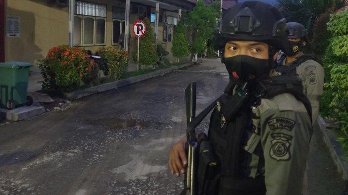 Satu Jenazah Terduga DPO Teroris Poso Tiba di RS Bhayangkara Palu