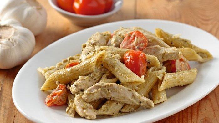 Aneka Hidangan Mewah yang Cocok Disajikan Saat Akhir Pekan, Penne Chicken Cream Pesto Higga Muffin
