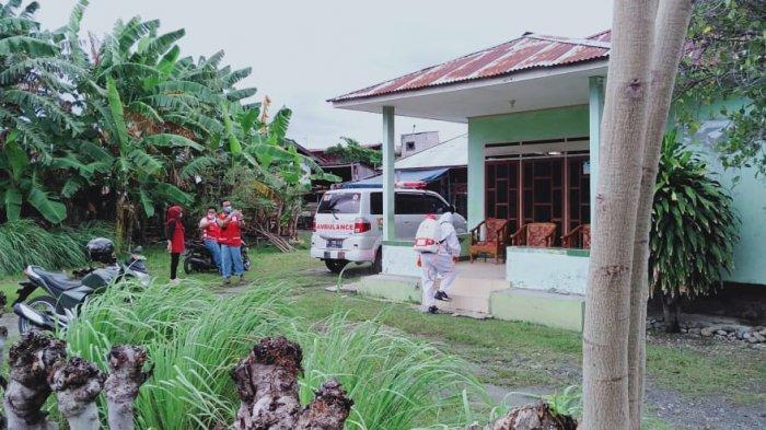 Satgas K5 Besusu Tengah Gencar Penyemprotan Disinfektan di Rumah Pasien Covid-19