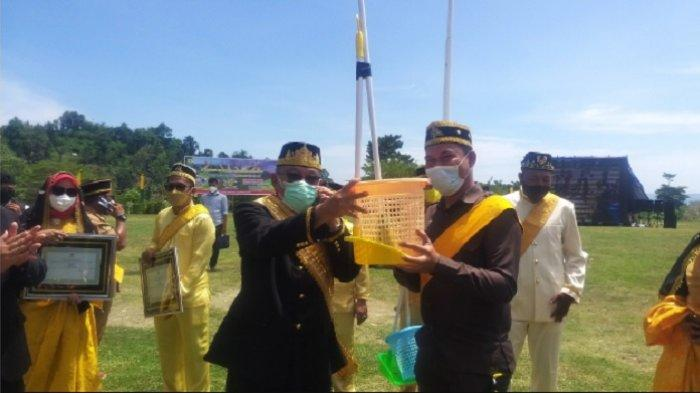 3 Juara Kategori Kelurahan Terkotor di Buol Dapat Hadiah Alat Kebersihan