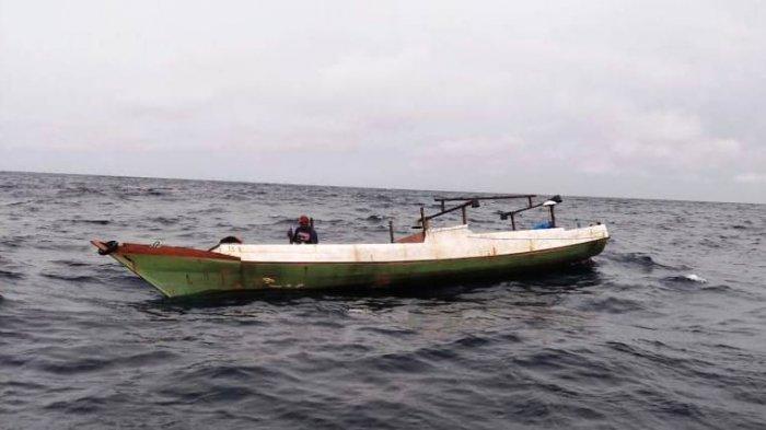 Mesin Perahu Rusak, Nelayan Asal Morowali Hanyut ke Perairan Banggai