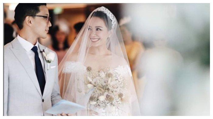 Menikah merupakan salah satu momen yang dinanti-nantikan oleh banyak orang. Persiapannya memang membutuhkan tenaga dan pikiran yang ekstra. Namun di situlah letak kespesialan dalam momentum pernikahan.