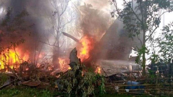 Pesawat Militer Filipina Jatuh, 40 Luka dan 17 Penumpang Tewas