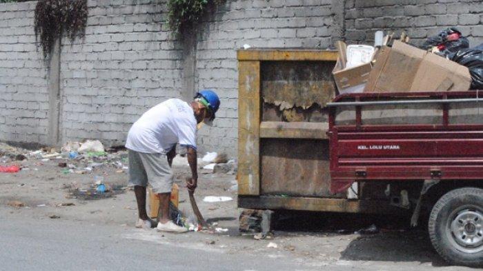 Buang Sampah di Luar Bak Penampungan, DLH Kota Palu: Menyulitkan Kerja Petugas Kebersihan