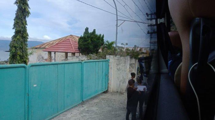 Posko Satgas Pengawasan Covid-19 di Kelurahan Pantoloan dan Lambara, Kecamatan Tawaeli, Kota Palu, Sulawesi Tengah, menerapkan pembayaran Rp 50 ribu.
